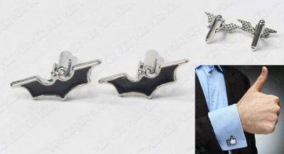 Gemelos Cómics Batman Ecuador Comprar Venden, Bonita Apariencia, práctica, Hermoso material: plástico en baño de plata Color: Plata y negro Estado: Nuevo