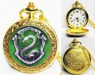 Reloj Libros Harry Potter Ecuador Comprar Venden, Bonita Apariencia, practica, Hermoso material bronce Color dorado Estado nuevo
