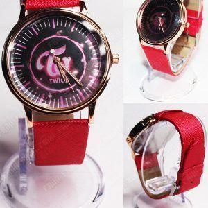 Reloj de pulsera Música Kpop Twice Ecuador Comprar Venden, Bonita Apariencia ideal para los fans, practica, Hermoso material de acero inoxidable Color rojo Estado nuevo