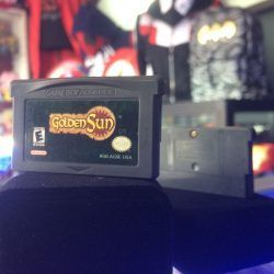 Videojuegos para consola Game Boy Advance Golden Sun Ecuador Comprar Venden, Bonita Apariencia ideal para los fans, practica, Hermoso material de papel Color como en la imagen Estado usado